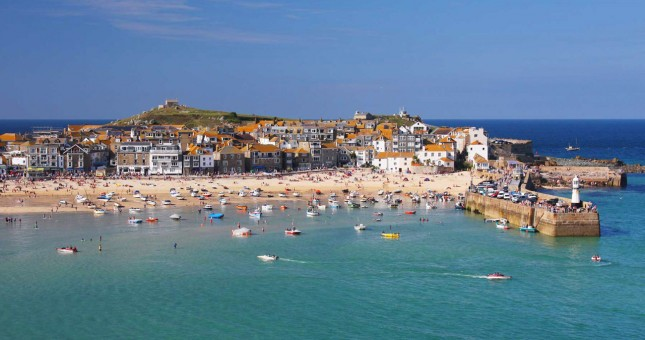 St-Ives-Bay-Cornwall-Celtic-Cup-Stand-Up-Paddle-Race-645x340