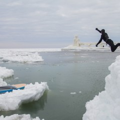 paddle-boarding-among-icebergs-lake-michigan