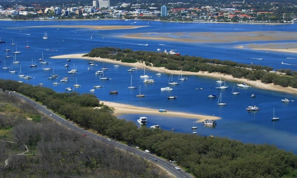 paddle-boarding-gold-coast-broadwater