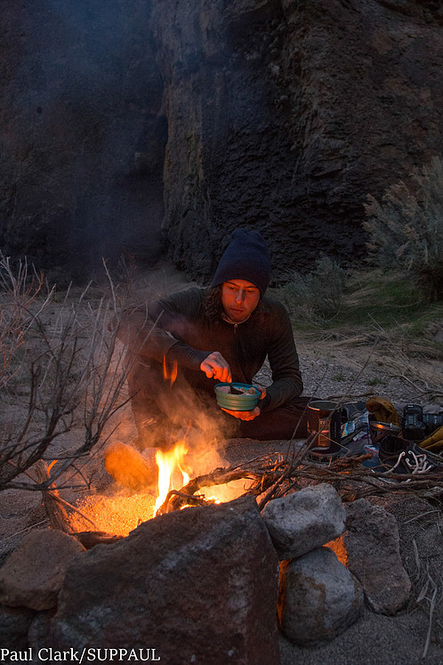 owyhee-river-expedition-2016-campfire