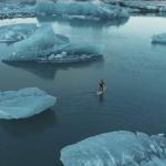 SUP-бординг на озере Ёкюльсаурлоун, Исландия