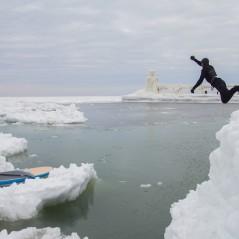 paddle-boarding-among-icebergs-lake-michigan