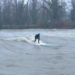 Речной SUP-серфинг